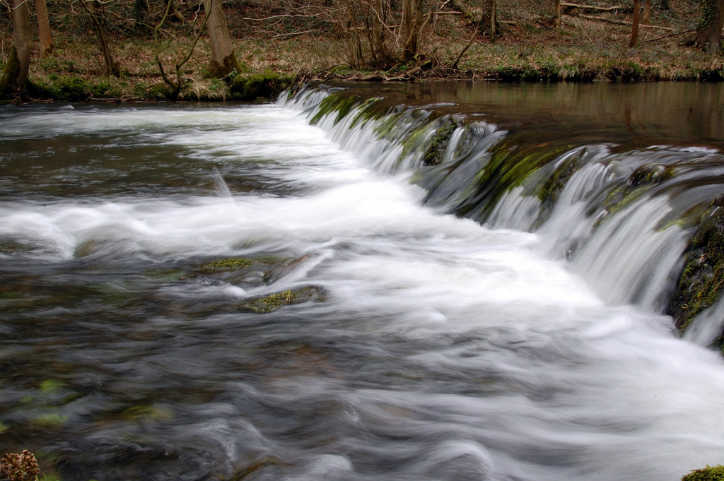 weir on river Dove